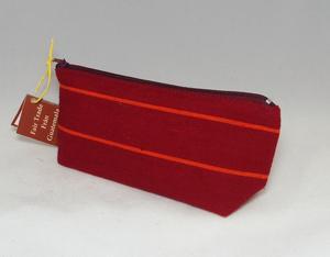 Rött pennfodral