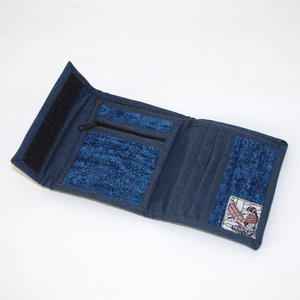 Blå plånbok i bambu